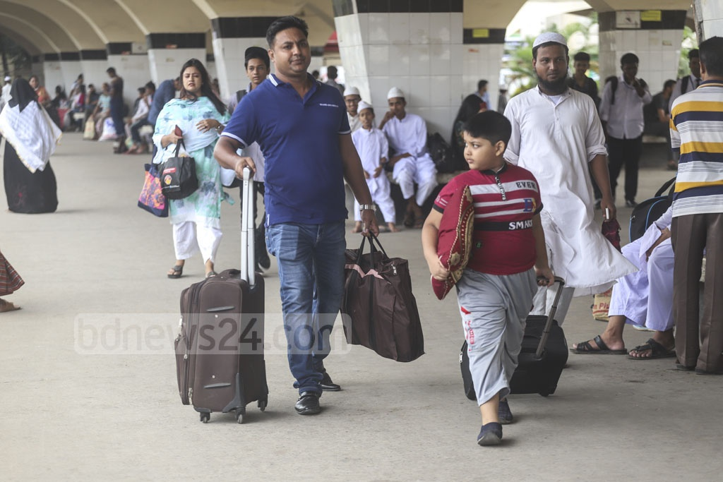People have begun leaving Dhaka to celebrate Eid holidays with friends and families. Photo: Abdullah Al Momin