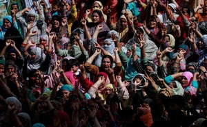 Kashmiri women shout slogans during a protest after the scrapping of the special constitutional status for Kashmir by the Indian government, in Srinagar, August 11, 2019. Reuters