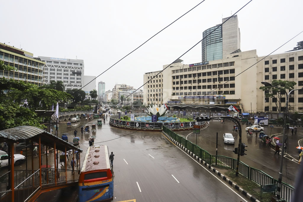 Motijheel, the commercial hub of Dhaka, on the first working day after the Eid-ul-Azha holidays on Wednesday. Photo: Asif Mahmud Ove