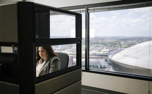 Glenda Hernandez works at her desk in the office of iMerit, a technology services company, in New Orleans, May 6, 2019. Tech executives rarely discuss the labour-intensive process that goes into the creation of artificial intelligence, which is learning from thousands of office workers around the world. (Bryan Tarnowski/The New York Times).
