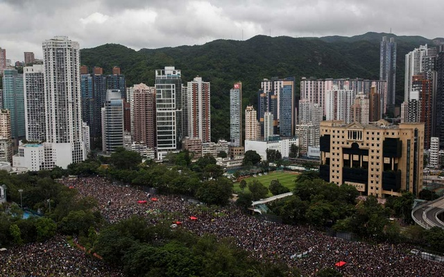 Anti-extradition bill protesters attend a rally in Victoria Park demanding democracy and political reforms in Hong Kong, China, August 18, 2019. Reuters