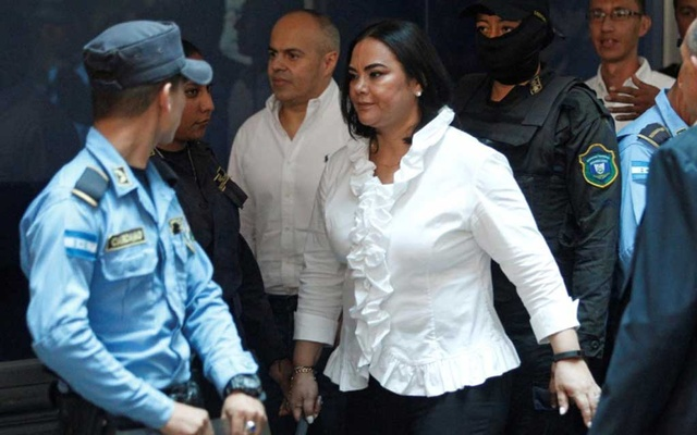 Former first lady Rosa Elena Bonilla de Lobo arrives at a court hearing after being convicted on graft charges, in Tegucigalpa, Honduras Aug 20, 2019. REUTERS/Jorge Cabrera
