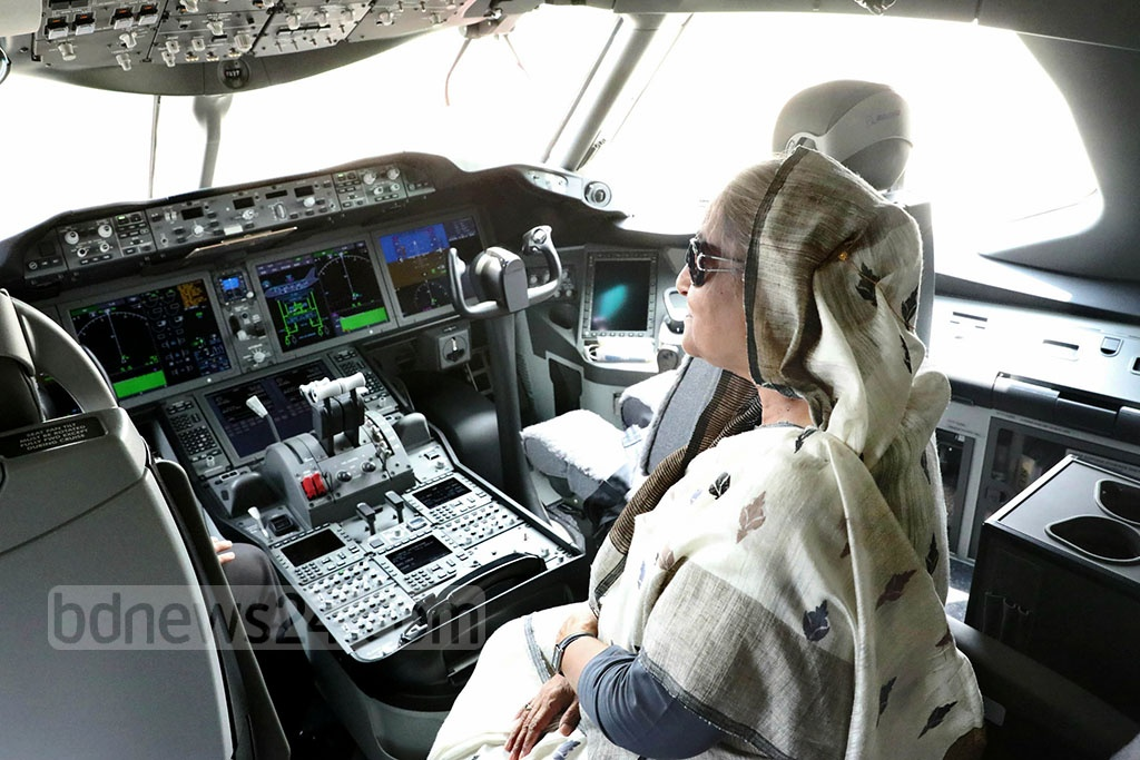Prime Minister Sheikh Hasina sits in the cockpit of Biman's newly-inaugurated Boeing 787-8 Dreamliner, 'Gaangchil'. Photo: Yeasin Kabir Joy