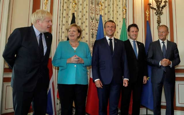 Britain's Prime Minister Boris Johnson, German Chancellor Angela Merkel, French President Emmanuel Macron, Italy's acting Prime Minister Giuseppe Conte and President of the European Council Donald Tusk pose during aG7coordination meeting with the Group of Seven European members at the Hotel du Palais in Biarritz, France August 24, 2019.Reuters
