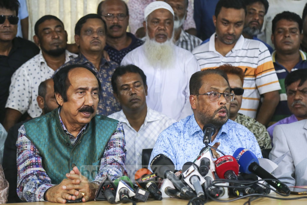Jatiya Party leader GM Quader holds a media briefing at the party chairman's office after a faction of the party handpicked Raushon Ershad as its chairman. Photo: Mahmud Zaman Ovi