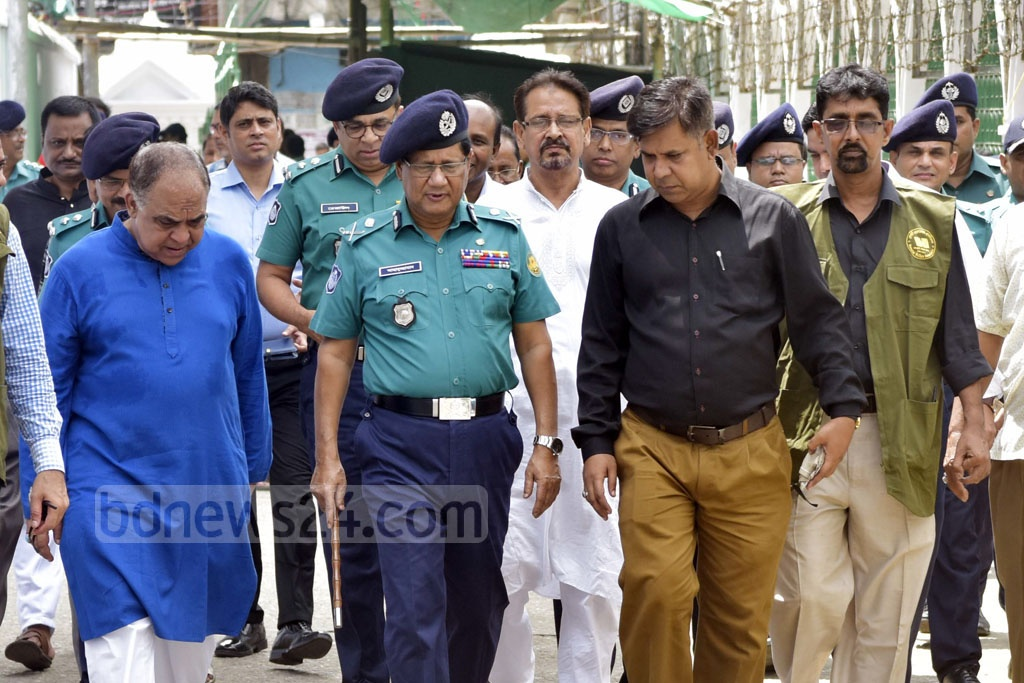 DMP Commissioner Asaduzzaman Mia inspects security measures at Hossaini Dalan on Saturday ahead of Ashura.