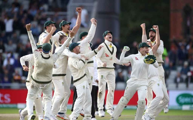 Cricket - Ashes 2019 - Fourth Test - England v Australia - Emirates Old Trafford, Manchester, Britain - September 8, 2019 Australia's celebrate the wicket of England's Craig Overton to win the match and retain the Ashes Action Images via Reuters
