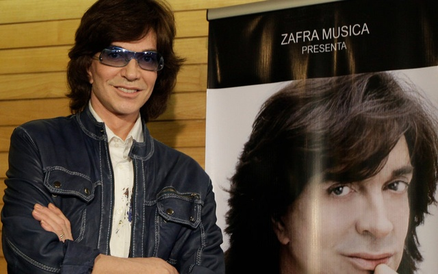 Camilo Sesto in 2009 at a news conference in Mexico City. He sold millions of records worldwide and had more than 50 No.1 hits. The New York Times