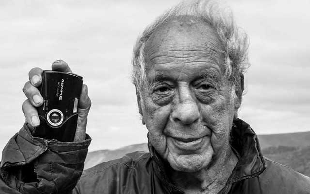 An undated photo provided by Dodo Jin Ming shows the photographer Robert Frank, who was known for his visually raw and personally expressive style. Frank, one of the most influential photographers of the 20th century, whose style was pivotal in changing the course of documentary photography, died on Sept 9, 2019, in Inverness, on Cape Breton Island in Nova Scotia. He was 94. (The New York Times)
