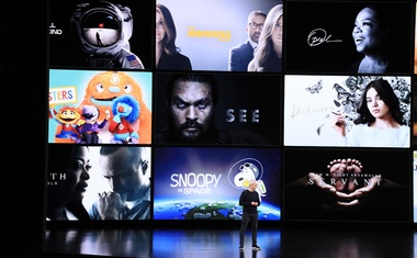 Caption: Tim Cook, Apple's chief executive, discusses Apple TV Plus and its programming at an annual product launch event in Cupertino, Calif, Sep 10, 2019. Apple, offering much less programming than streaming rivals, will court subscribers by emphasising its quality. The New York Times