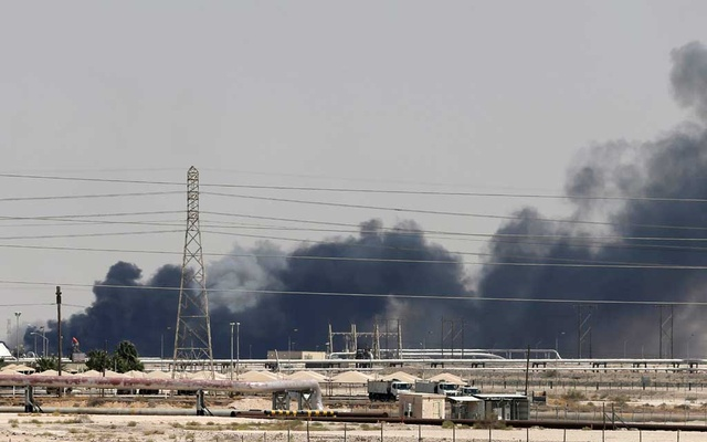 FILE PHOTO: Smoke is seen following a fire at Aramco facility in the eastern city of Abqaiq, Saudi Arabia, September 14, 2019. REUTERS