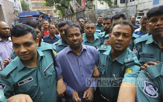 Kalabagan Krira Chakra President Shafiqul Alam Firoz arriving in court on Saturday after he was arrested and implicated in two cases started by RAB. Photo: Asif Mahmud Ove