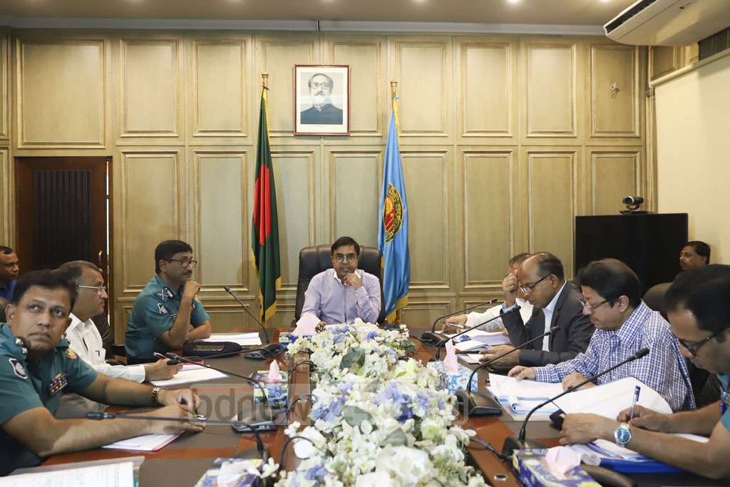 Dhaka South Mayor Mohammad Sayeed Khokon at the 12th meeting of the committee to bring orders to Dhaka's public transport sector at the Nagar Bhaban on Tuesday. Photo: Abdullah Al Momin