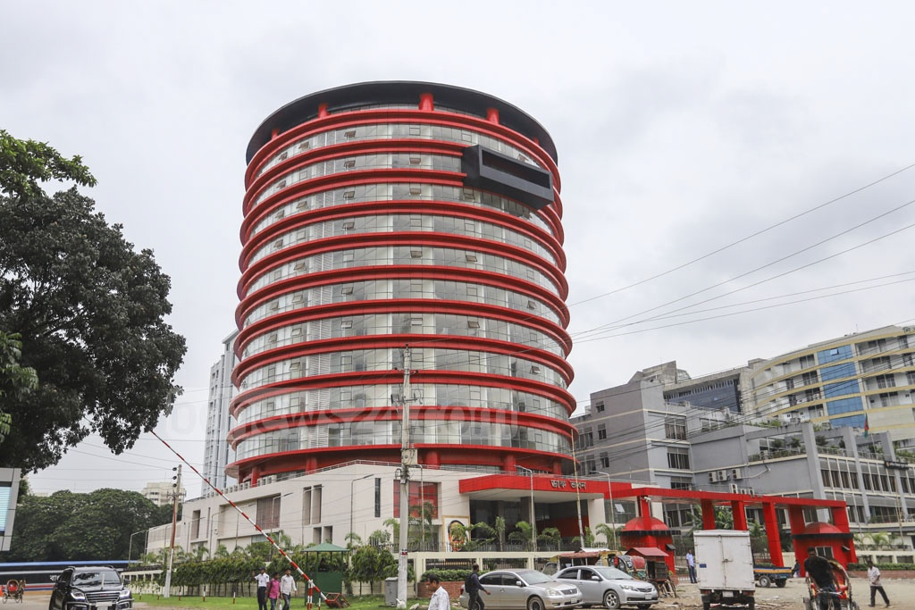 Dak Bhaban, the newly built headquarters of the Bangladesh Post Office that looks like a post box, is pictured in this photo captured on Wednesday. It awaits inauguration next month. Photo: Asif Mahmud Ove