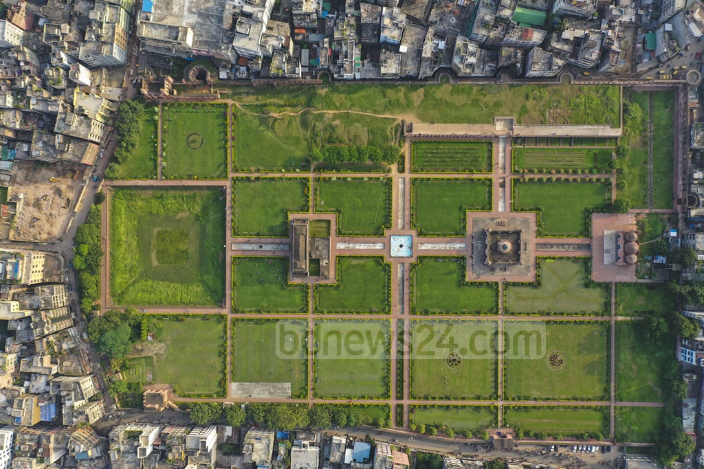 An aerial view of Lalbagh Fort, a 19th century Mughal establishment, in the middle of buildings in Old Dhaka.