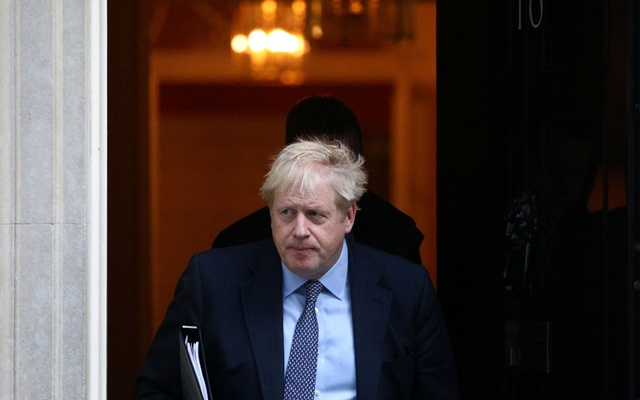 Britain's Prime Minister Boris Johnson leaves Downing Street to head for the House of Commons as parliament discusses Brexit, sitting on a Saturday for the first time since the 1982 Falklands War, in London, Britain, October 19, 2019. REUTERS