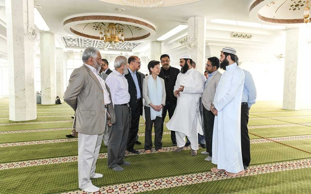 Hong Kong's Chief Executive Carrie Lam (C) visits the Kowloon Masjid and Islamic Centre in Tsim Sha Tsui to meet with representatives of the Incorporated Trustees of the Islamic Community Fund of Hong Kong and other leaders of the local Muslim community, in Hong Kong, China Oct 21, 2019. REUTERS