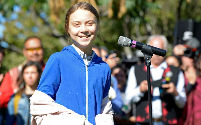 FILE PHOTO: Climate change teen activist Greta Thunberg speaks before joining a climate strike march in Montreal, Quebec, Canada September 27, 2019. REUTERS