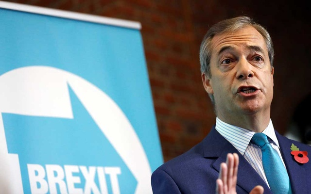 Brexit Party leader Nigel Farage speaks during the Brexit Party general election campaign launch in London, Britain November 1, 2019. REUTERS