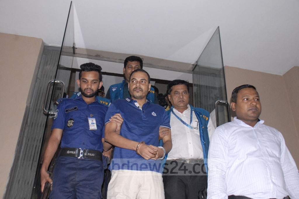 Expelled Jubo League leader Khaled Mahmud Bhuiyan arrives at the Anti-Corruption Commission headquarters to face questioning over his ill-gotten wealth on Monday following his arrest during the ongoing anti-casino crackdown.