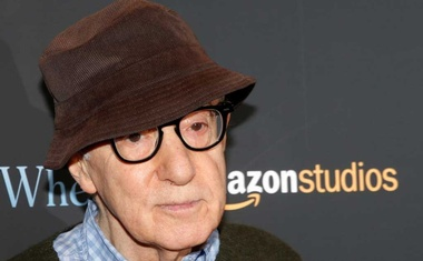"""FILE PHOTO: Director Woody Allen arrives for a screening of the film """"Wonder Wheel"""" in New York, US, Nov 14, 2017. REUTERS"""