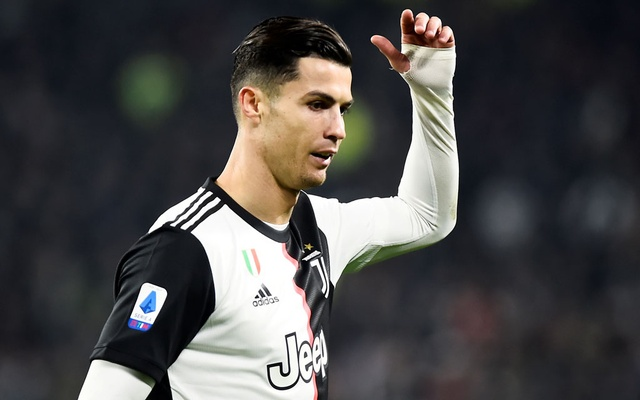 FILE PHOTO: Soccer Football - Serie A - Juventus v AC Milan - Allianz Stadium, Turin, Italy - Nov 10, 2019 Juventus' Cristiano Ronaldo reacts REUTERS