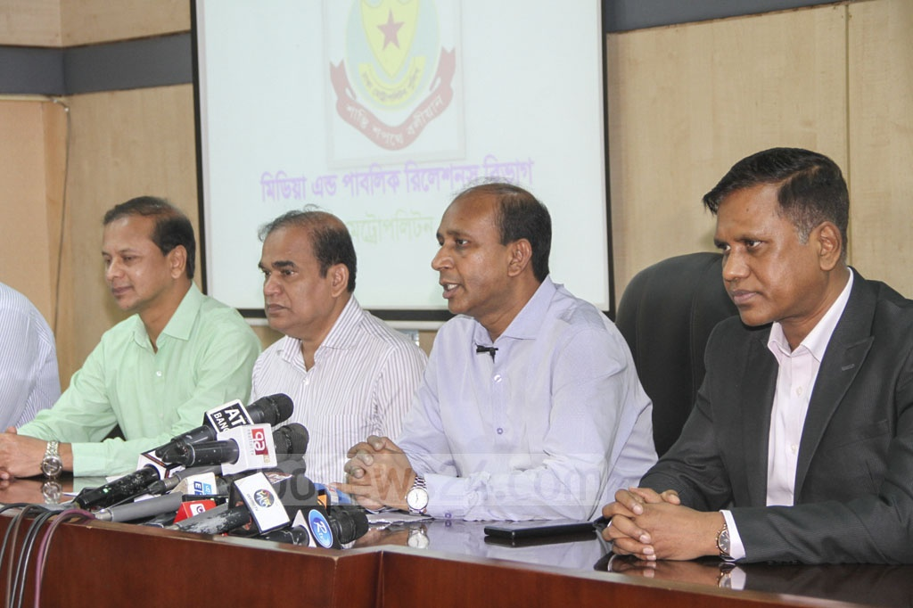 DMP Additional Commissioner Monirul Islam addresses a media briefing at his office in Dhaka after police pressed formal charges against 25 suspects over the murder of BUET student Abrar on Wednesday.