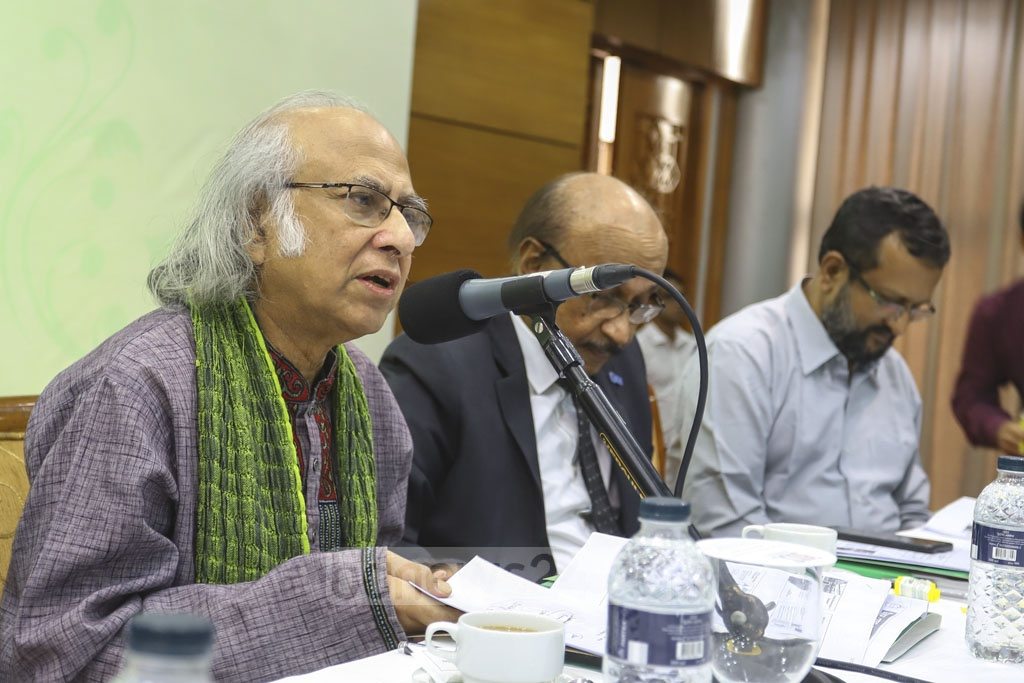 Palli Karma Sahayak Foundation Chairman Qazi Kholiquzzaman Ahmad speaking at a seminar held at the Bangabandhu International Conference Center on Wednesday to mark the PKSF Development Fair.