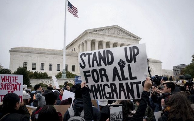 A rally in support of the Deferred Action for Childhood Arrivals program, or DACA, outside the Supreme Court in Washington, Nov. 12, 2019. The justices are considering whether the Trump administration can shut down a program that shields about 700,000 young immigrants from deportation. (Erin Schaff/The New York Times)