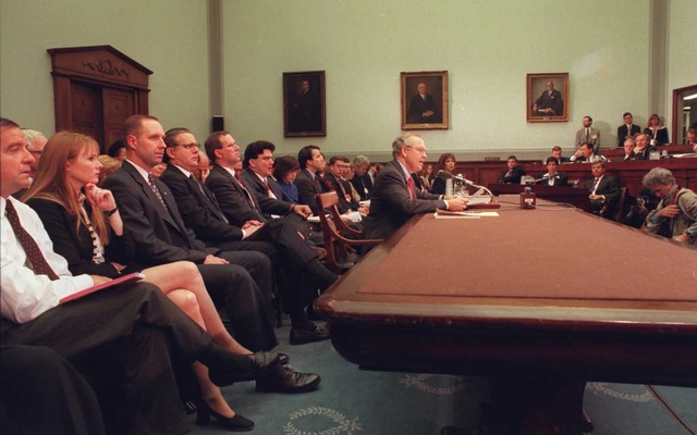 FILE -- Kenneth Starr, the independent prosecutor, testifies before the House Judiciary Committee's impeachment hearing of President Bill Clinton in Washington, Nov. 19, 1998. As the House opens public hearings into whether President Donald Trump committed high crimes and misdemeanours, the battle over Bill Clinton's impeachment 21 years ago looms large. (Stephen Crowley/The New York Times)
