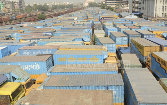 Trucks and covered-vans remain grounded in Tejgaon's truck terminal due to a strike called by transport workers demanding revision of the road transport law. Photo: Asif Mahmud Ove