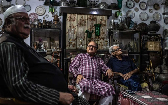 Sayyed Suleiman Naqvi, far right, who said Prince Cyrus of Oudh and his family were imposters, in Lucknow, India, Aug. 24, 2019. For 40 years, journalists chronicled the eccentric royal family of Oudh, deposed aristocrats who lived in a ruined palace in the Indian capital — a tragic, astonishing story, but was it true? (Bryan Denton/The New York Times)