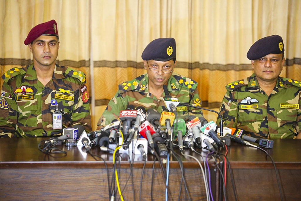 Brig Gen Nayeem Ashfaque Chowdhury, director of military operations at Bangladesh Army, briefed the media at the army headquarters and officially confirmed the deaths of 20 people.