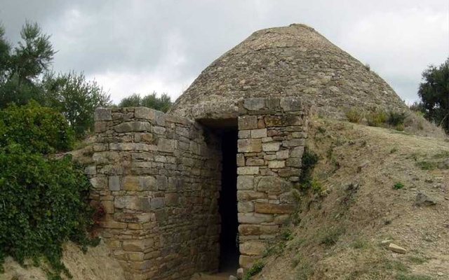 A photo provided by the University of Cincinnati shows the Tholos Tomb IV at Pylos, as reconstructed by the Greek Archaeological Service. Two large tombs have been discovered and excavated at the site of the ancient city of Pylos in southern Greece, suggesting that Pylos played a surprisingly prominent role in early Mycenaean civilisation. The New York Times