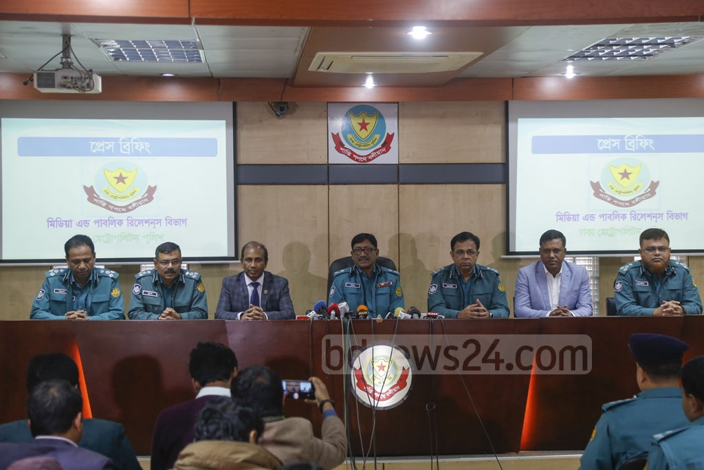 Dhaka Metropolitan Police Commissioner Shafiqul Islam briefing the media on Monday about security measures for the New Year's Eve celebrations. Photo: Mahmud Zaman Ovi
