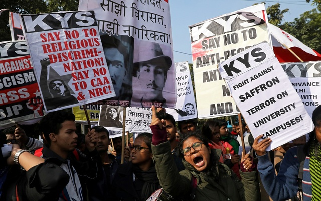 Demonstrators carry placards and shout slogans during a protest march against the attacks on the students of Jawaharlal Nehru University (JNU), in New Delhi, India, January 9, 2020. Reuters