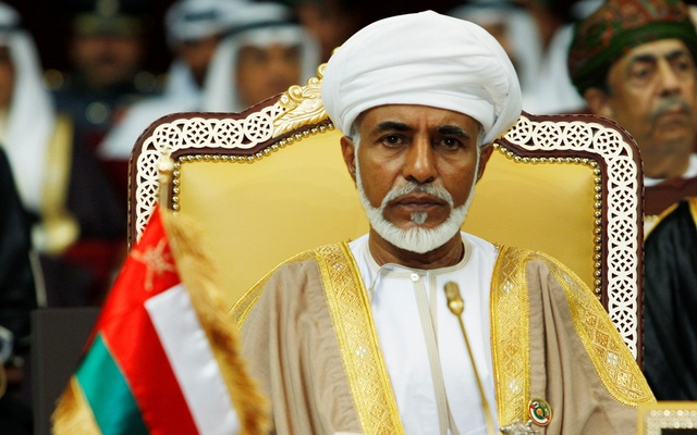 Oman's leader Sultan Qaboos bin Said attends the opening of the Gulf Cooperation Council (GCC) summit in Doha Dec 3, 2007. REUTERS/FILE