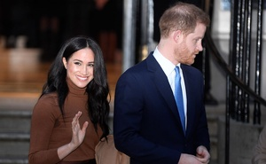 Britain's Prince Harry and his wife Meghan, Duchess of Sussex, leave Canada House in London, Britain January 7, 2020. Reuters