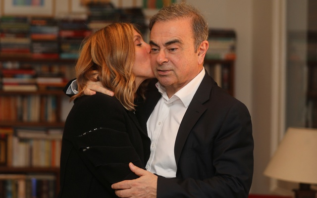 Former Nissan chairman Carlos Ghosn and his wife Carole Ghosn pose for a picture after an exclusive interview with Reuters in Beirut, Lebanon January 14, 2020. REUTERS