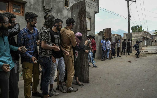 "FILE -- Protesters in Srinagar, the capital of the disputed Kashmir region of India, Sept. 13, 2019. Gen. Bipin Rawat, India's top military commander, set off shock waves by suggesting that Kashmiris could be shipped off to ""deradicalization camps"" in public remarks on Jan. 16, 2020. (Atul Loke/The New York Times)"