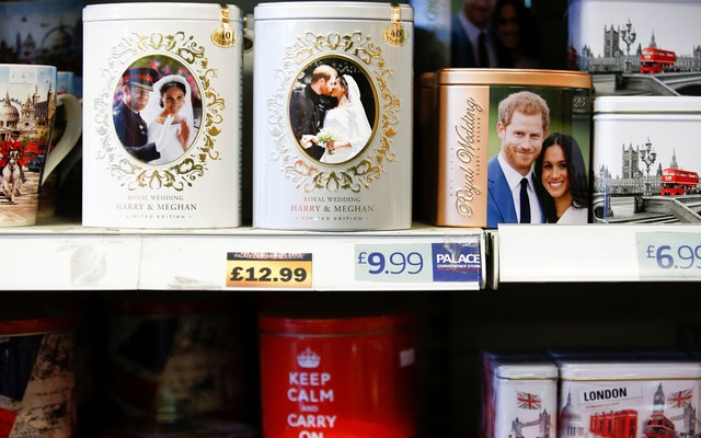 Merchandise depicting Britain's Prince Harry and Meghan, Duchess of Sussex, are seen on display in a souvenir shop near Buckingham Palace in London, Britain, January 19, 2020. REUTERS