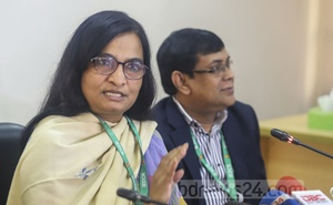 Prof Meerjady Sabrina Flora, the director of IEDCR, giving updates at a media briefing on Wednesday on the health condition of Bangladeshis evacuated from China amid a coronavirus outbreak. Photo: Asif Mahmud Ove