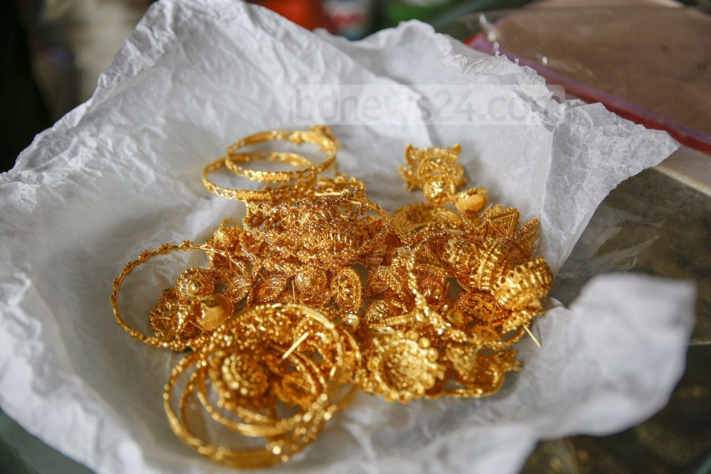 Silver, copper and bronze are primarily used to make the jewelleries. Gold was used too in the past but the market for it has disappeared. Photo: Mahmud Zaman Ovi