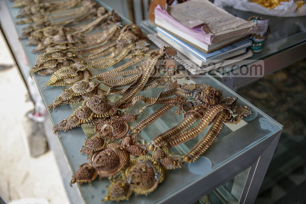 A range of jewllery from tiara, earring, nose ring, necklace to bracelet, waist chain to anklet are made in Savar's Bhakurta. Photo: Mahmud Zaman Ovi