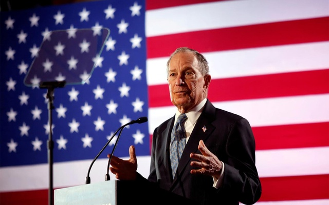 Democratic presidential candidate Michael Bloomberg speaks during a campaign event at the Bessie Smith Cultural Center in Chattanooga, Tennessee, US Feb 12, 2020. REUTERS/Doug Strickland/File Photo