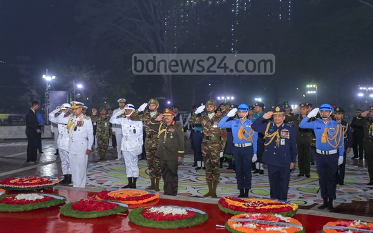 Chiefs of the three armed forces paying tribute to Language Movement martyrs at the Central Shaheed Minar in Dhaka on Friday.