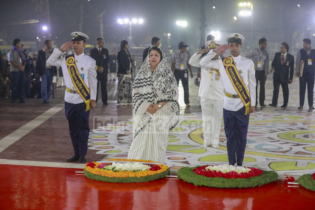 Speaker Shirin Sharmin Chaudhury paying tribute to Language Movement martyrs at the Central Shaheed Minar in Dhaka on the first hour of Friday.
