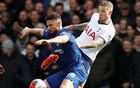 Giroud on target as Chelsea beat Spurs to stay fourth