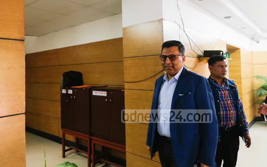 Anis Ahmed, the managing director and CEO of MGH Group, arrives at the Anti-Corruption Commission's headquarters in Dhaka on Monday to face interrogation over allegations of illegally acquiring assets and money laundering. Photo: Mahmud Zaman Ovi