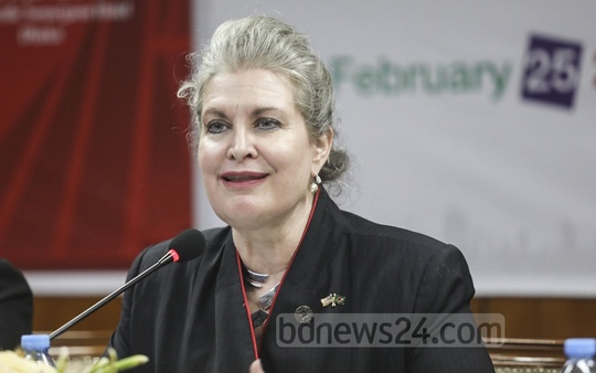 Charge de affairs of the US Embassy JoAnne Wagner speaking at a press conference organised by the American Chamber of Commerce in Bangladesh to announce the schedule of US Trade Show 2020 at a Dhaka hotel on Tuesday.